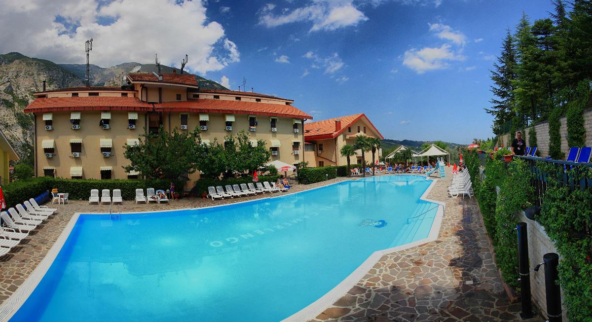 Sport e benessere immagini - Hotel con piscina riscaldata montagna ...